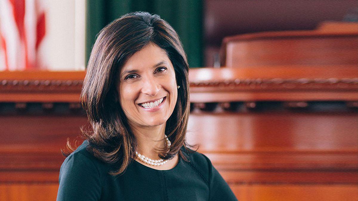 Sara Gideon smiling headshot